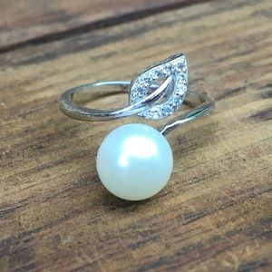 🐚 Pearl & Sterling Wrap Ring Adjustable